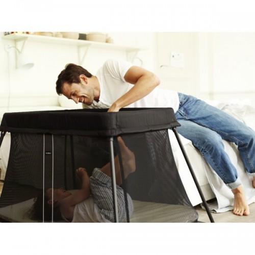 baby bjorn travel cot light. Black Bedroom Furniture Sets. Home Design Ideas
